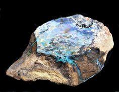 Black and boulder opal, Australia. Opal Australia, Natural Curiosities, Amazing Nature, Curiosity, Bouldering, Amethyst, David, Texture, Crystals