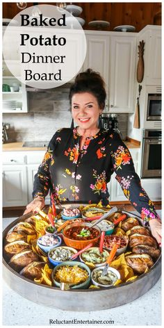 Ofenkartoffel-Abendessen-Brett, potato al horno asadas fritas recetas diet diet plan diet recipes recipes Dessert Party, Snacks Für Party, Dinner Party Foods, Easy Dinner Party Recipes, Party Food Bars, Party Buffet, Pie Dessert, Dinner Parties, Baked Potato Bar