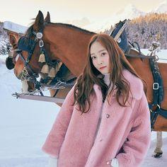 Jessica & Krystal, Krystal Jung, Jessica Jung, Magazine Cosmopolitan, Instyle Magazine, Yoona, Snsd, Girls Generation Jessica, Kim Woo Bin