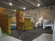 Kee Klamp Parkour Structure at Miami Freerunning Academy by Simplified Building Concepts, via Flickr