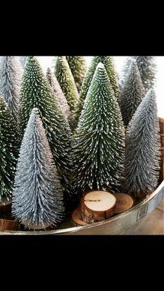 Riviera Maison Aspen Decoration Trees Snow www. Woodland Christmas, Merry Little Christmas, Noel Christmas, Green Christmas, Country Christmas, Christmas Colors, Winter Christmas, Christmas Decorations, Xmas
