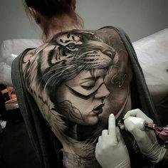 3D illusion, animal, spiritual, tiger, back tattoo on TattooChief.com