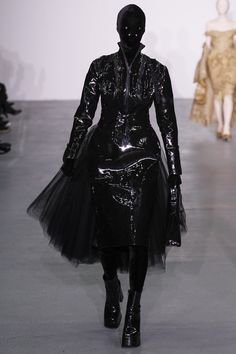 Central Saint Martins Fall 2016 Ready-to-Wear Collection Photos - Vogue