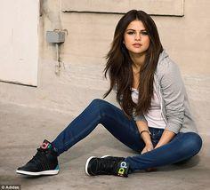 Selena Gomez pour Adidas  NEO campagne automne-hiver 2014/2015