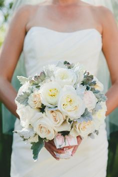 white, ivory, blush and gray bridal bouquet | roses and succulents | photo: onelove-photo.com, floral design: bearflagfarm.com