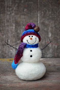 Snowman #458 Needle felted by Teresa Perleberg