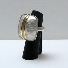 linea large ring with gold plated detail