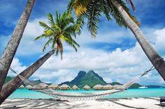 Ilha de Bora Bora na Polinésia Francesa. Tahiti, Strand Wallpaper, Beach Wallpaper, Photo Wallpaper, Wall Wallpaper, Beautiful Islands, Beautiful Beaches, Beautiful Scenery, Beautiful Landscapes