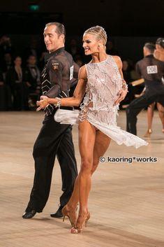 Yulia and Riccardo. Looks like cha cha  #dance #dancesport #latindance