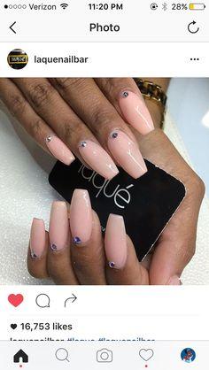 Laqué Nails - Laque Nails - Acrylic Nails - Summer Nails - Spring Nails - Pink - Purple - Neon - Yellow - Coffin Nails - Nail Ideas