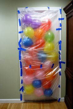 Funny pictures about Birthday Morning Balloon Avalanche. Oh, and cool pics about Birthday Morning Balloon Avalanche. Also, Birthday Morning Balloon Avalanche. Ideias Diy, Birthday Fun, Birthday Balloons, Special Birthday, Surprise Birthday, Birthday Door, 21st Birthday Ideas For Girls, Birthday Quotes, Birthday Wishes