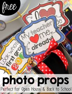 Create memories at your open house event or on the first day of school with these bright and colorful photo signs and props! Every sign includes preschool to 6th grade so you won't leave anyone out. There are also simple directions to hang for parents to take pictures of their little ones!Here's how I used these signs at my open house event...