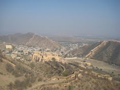 Jaipur is a town covered by mountains and deserts. A beautiful view of the city from Amer