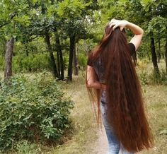 VIDEO on Instagram Long Brown Hair, Long Layered Hair, Very Long Hair, Long Hair Cuts, Long Hair Styles, Beautiful Long Hair, Gorgeous Hair, Lomg Hair, Long Hair Models
