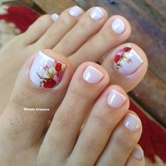 Toe Nail Designs give certain elegance to any woman's feet. Toe nail designs are beautiful and they complete the fashion look on every pedicure. Pretty Toe Nails, Cute Toe Nails, My Nails, Cute Spring Nails, Summer Toe Nails, Toe Nail Color, Toe Nail Art, Acrylic Nails, Flower Toe Nails