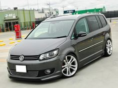 Vw Emblem, Volkswagen Touran, Vw Scirocco, Camper Life, Hot Rides, My Ride, Custom Cars, Cars And Motorcycles, Porsche