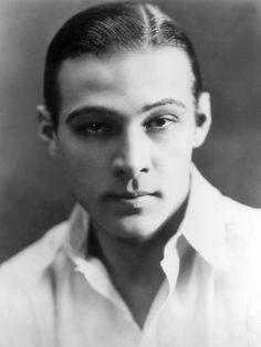 Rudolph Valentino Archives - The Bowery Boys: New York City History Rudolph Valentino, Valentino Tango, Valentino Rossi, Valentino Garavani, Valentino Men, Old Hollywood Glamour, Vintage Hollywood, Classic Hollywood, The Bowery Boys