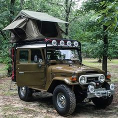 """647 Likes, 11 Comments - FJ4play (@fj4play) on Instagram: """"Spring has sprung, get lost #fj40 #landcruiser #rtt #rooftoptent #warn8274 #toyota #optoutside…"""""""