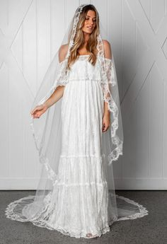 See every dress from Grace Loves Lace's Fall 2019 Bridal Fashion Week wedding dress collection. Grace Loves Lace, Lace Bride, Wedding Dress Trends, Wedding Veils, Lace Wedding, Chic Wedding, Dream Wedding, Bridal Fashion Week, Perfect Wedding Dress