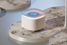 Michael Scott would love this dynamic water and light smart speaker!   Yanko Design Id Design, Smart Design, Water Patterns, Speaker Design, Michael Scott, Yanko Design, Glass Material, Minimal Design, Industrial Design