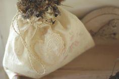 la maison boop!: ︸Vintage Lace︸