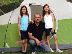Do you like going on camping trips with your family? If so, check out this post on Keeping Kids Safe on Your Family Camping Trip. Best Family Camping Tents, Tent Camping, Camping Hacks, Family Tent, Beach Vacation Packing List, Camping First Aid Kit, Camping With Toddlers, Cool Tents, Smart Girls