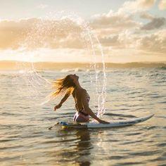 Bianca Buitendag mastering the hair flip #POPsurf