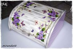 chlebak decoupage - Αναζήτηση Google Diy And Crafts, Paper Crafts, Driftwood Art, Hand Painted Furniture, Shabby Chic Decor, Trinket Boxes, Wooden Boxes, Projects To Try, Decorative Boxes