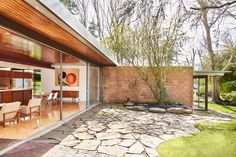 Neutra house | Brick & Wonder