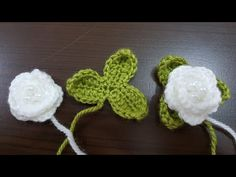 I'm glad to have found this unique crochet slippers that you can make even as a gift to your friends, relatives and loved ones. Crochet Simple, Unique Crochet, Love Crochet, Learn To Crochet, Crochet Puff Flower, Knitted Flowers, Crochet Flower Patterns, Knitting Blogs, Baby Knitting