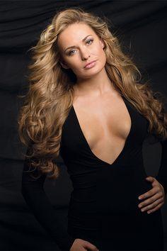 Miss Germany 2010 - Anne Julia Hagen mit 40 cm hairtalk extensions