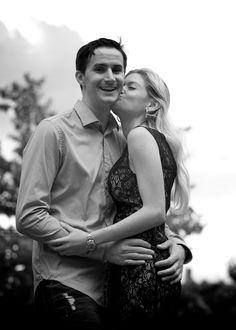 larimer-street-denver-summer-proposal-blackandwhite-girl-kisses-guy