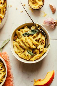 AMAZING Pumpkin Mac 'n' Cheese! 10 ingredients, cheesy, hearty, SO delicious! #vegan #plantbased #pumpkin #pasta #recipe #glutenfree #minimalistbaker