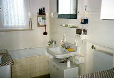 Typisches Badezimmer der 50er Jahre, Aufnahme aus Hausnr. 3