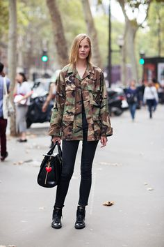 Stylish Ways to Wear Khaki Color waysify