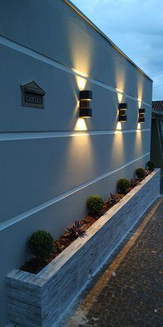 House Fence Design, Back Garden Design, Terrace Design, Small Backyard Gardens, Backyard Patio Designs, Modern Exterior House Designs, Exterior Design, Home Building Design, Boho Home