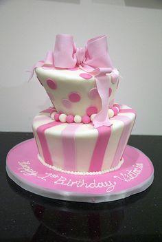 pink white topsy turvy cake