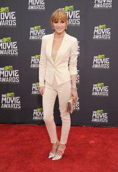 Bella Thorne mtv movie awards 2013