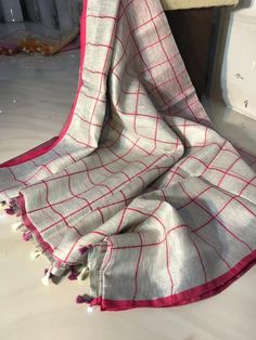 Tissue Linen saree Organic Linen by Linen sarees with zari | Etsy