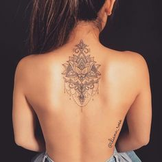 Flower Lotus Tattoo Designs On A Back Picture 5 Tattoo 53 Best Lotus Flower Tattoo Ideas To Express Yourself Piercing Tattoo, Lotusblume Tattoo, Tattoo Style, Tattoo Hals, Bellybutton Piercings, Hand Tattoo, Tattoo Music, Tattoo Thigh, Wrist Tattoo