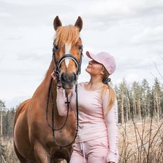 Pink goes well with chestnut 🦄💕 #houseofhorses #designfromfinland #equestrianstyle #equestrianfashion #horsegirl #horsesofinstagram Horse Girl, Equestrian Style, Cowboy Hats, Horses, Pink, Instagram, Fashion, Moda, Fashion Styles