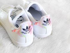 Sneakers adidas stan smith outfit 61 ideas for 2019 Sneakers Mode, New Sneakers, Sneakers Fashion, Adidas Fashion, Adidas Stan Smith Outfit, Stan Smith Shoes, Adidas Nmd_r1, Adidas Sneakers, Adidas Originals