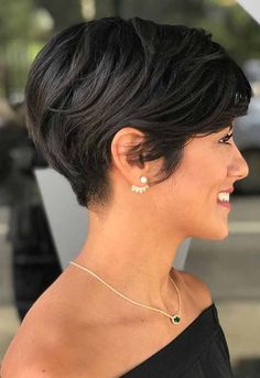 60 pixie cuts we love for 2019 short pixie hairstyles the short pixie cut 42 great haircuts you ll see for 2019 17 s that prove pixie cuts look incredible with curly hair latest pixie haircuts for every lady need to see 50 long pixie. Short Hairstyles For Thick Hair, Very Short Hair, Short Pixie Haircuts, Different Hairstyles, Girl Hairstyles, Pixie Bob, Pixie Haircut Thick Hair, Bob Haircuts, Pixie Cut Hairstyles