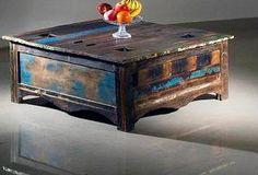 Truhe  Mango Holz massiv  Deckel mit Metallapplikation  ca. B 90 cm/ H 45 cm/ T 90 cm    Vintage Look gebeizt und lackiert