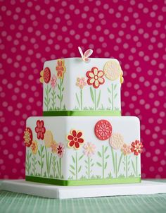 Stencil flower cake project in My Cake Decorating - from Zoe Clark Cakes Beautiful Cake Pictures, Beautiful Cakes, Amazing Cakes, Pretty Cakes, Cute Cakes, Fancy Cakes, Fondant Cakes, Cupcake Cakes, Birthday Cake With Photo