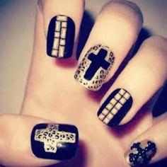 Rocker chic! [ #nails #desing #uñas #cute #rocker #followforfollow #likeforlike ] http://decoraciondeunas.com.mx #moda, #fashion, #nails, #like, #uñas, #trend, #style, #nice, #chic, #girls, #nailart,...