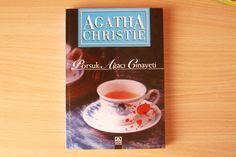 Agatha Christie' s Book in Turkish : Porsuk Ağacı Cinayeti - A Pocket Full of Rye (1953) -  Miss Marple