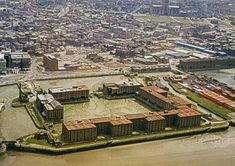 Albert Dock CE) Liverpool, before it was renovated in 1984 Liverpool Town, Liverpool Docks, Liverpool History, Old Pictures, Old Photos, Scotland History, 2nd City, Southport, City Buildings