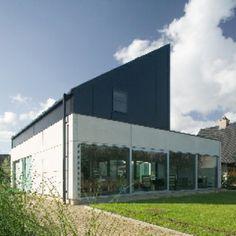 Schelfhout Beton (ref. Bouwmij Janssen Venray); zie ook interieurfoto