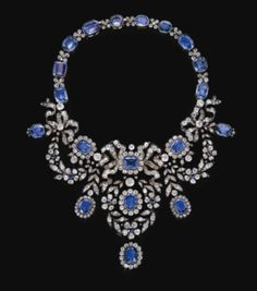 SAPPHIRE AND DIAMOND NECKLACE, LATE 19TH CENTURY